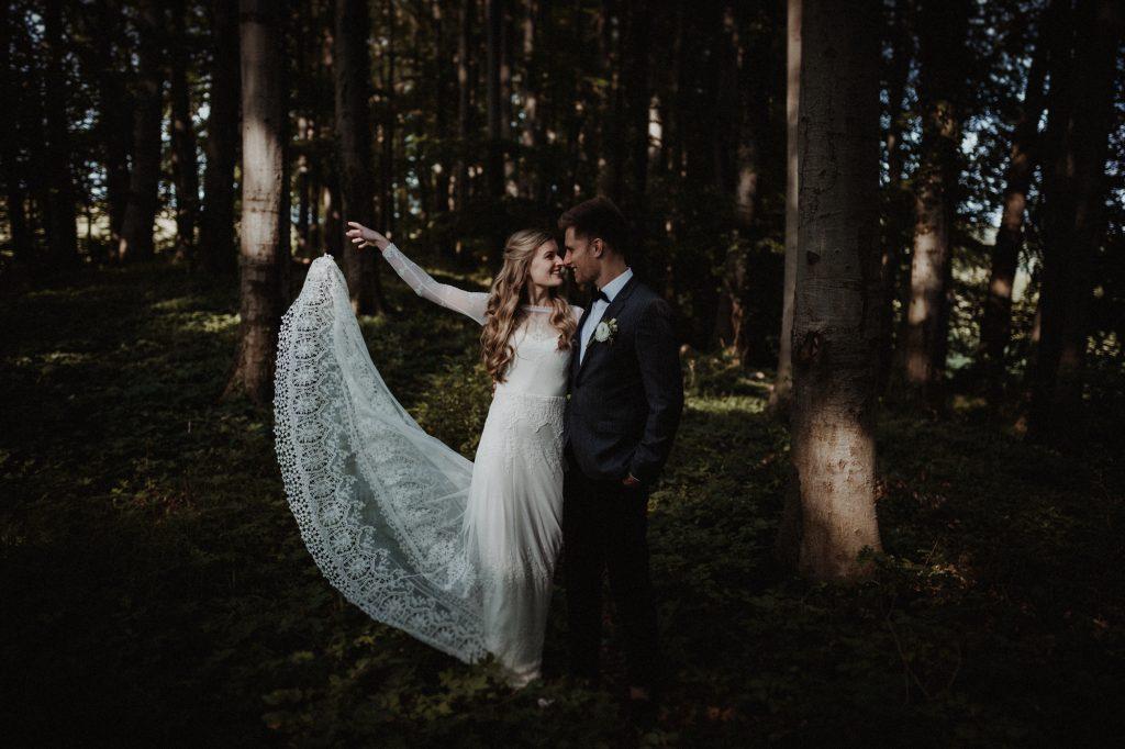 bohemian wedding weddingshoot woods zeeland the netherlands joran looij