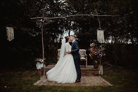 bruiloft buitenplaats land van es strijen vintage buitenceremonie regen styled wedding trouwen hoeksche waard