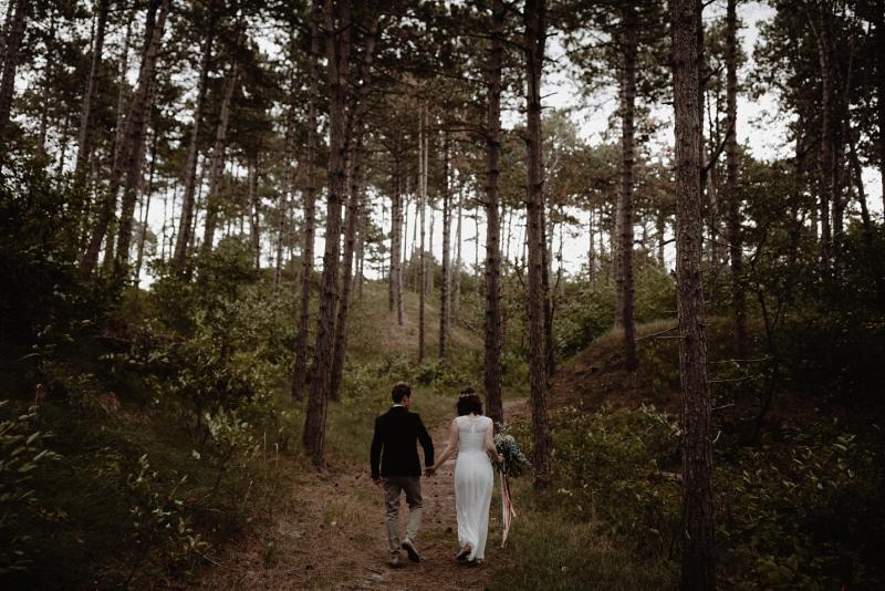 fotoshoot bos duinen zeeland bruiloft domburg joran looij photography