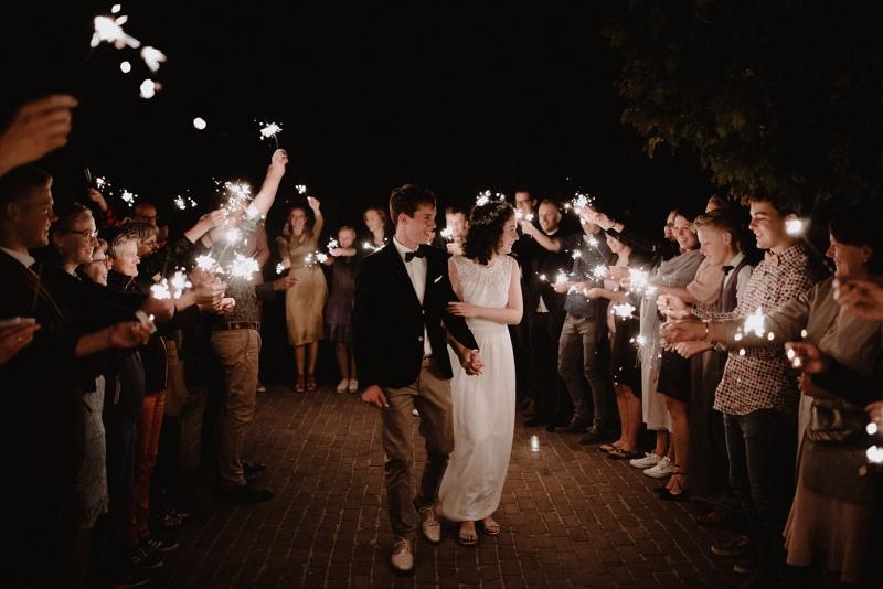 sparkle exit bruiloft domburg zeeland joran looij photography