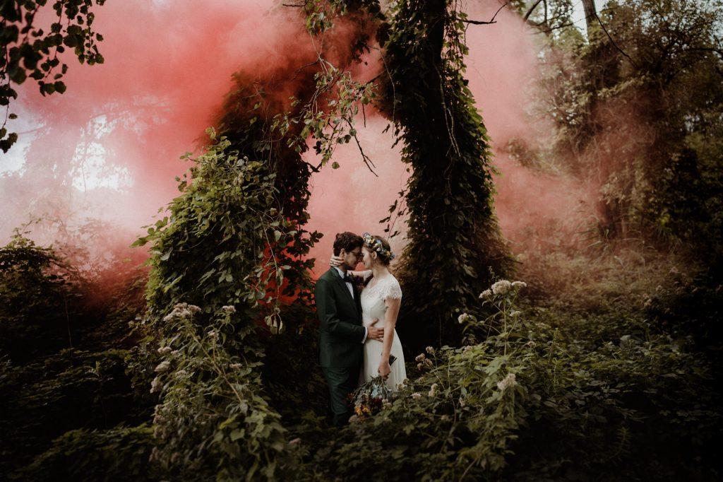 bruiloft fotoshoot rookbommen