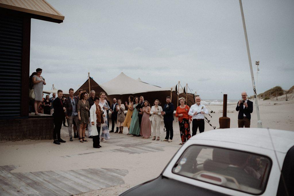 bohemian bruiloft strand aloha beach wijk aan zee ceremonie