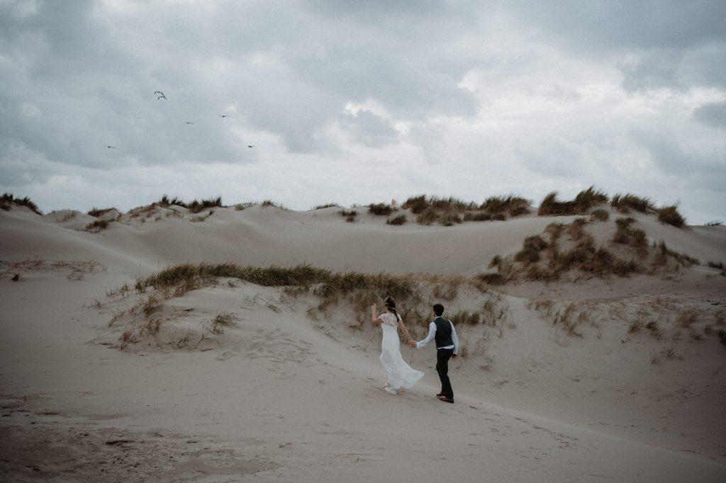 bohemian bruiloft strand aloha beach wijk aan zee shoot avond