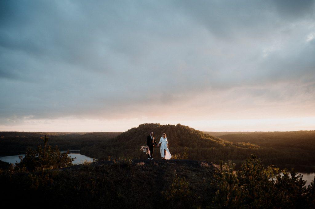 elopement photographer belgium sunset